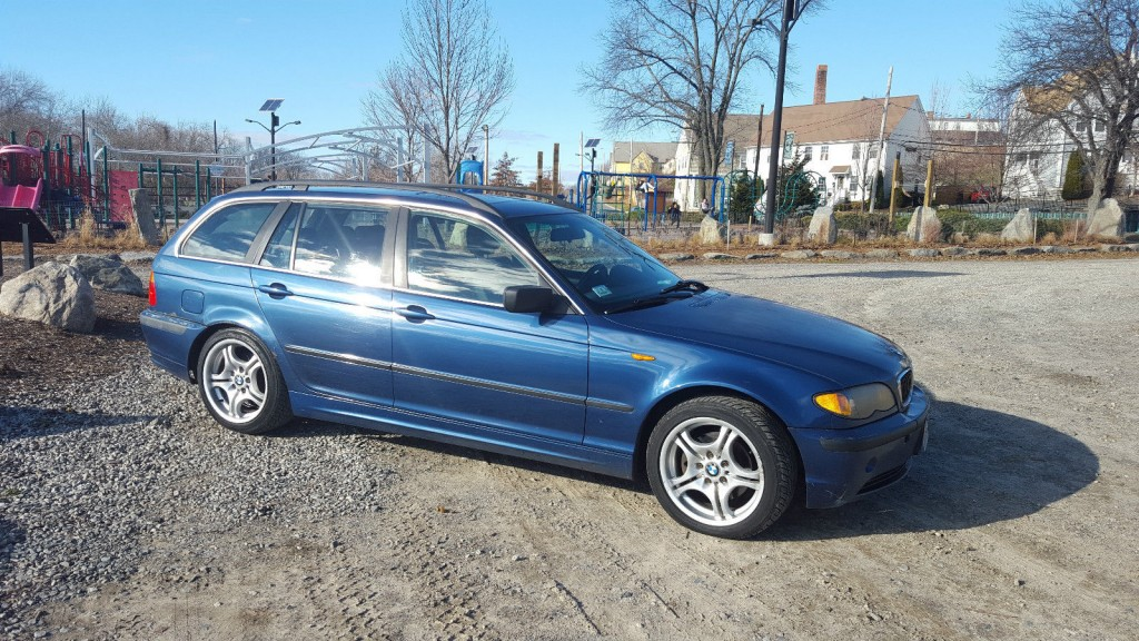 2003 BMW 325xi Wagon