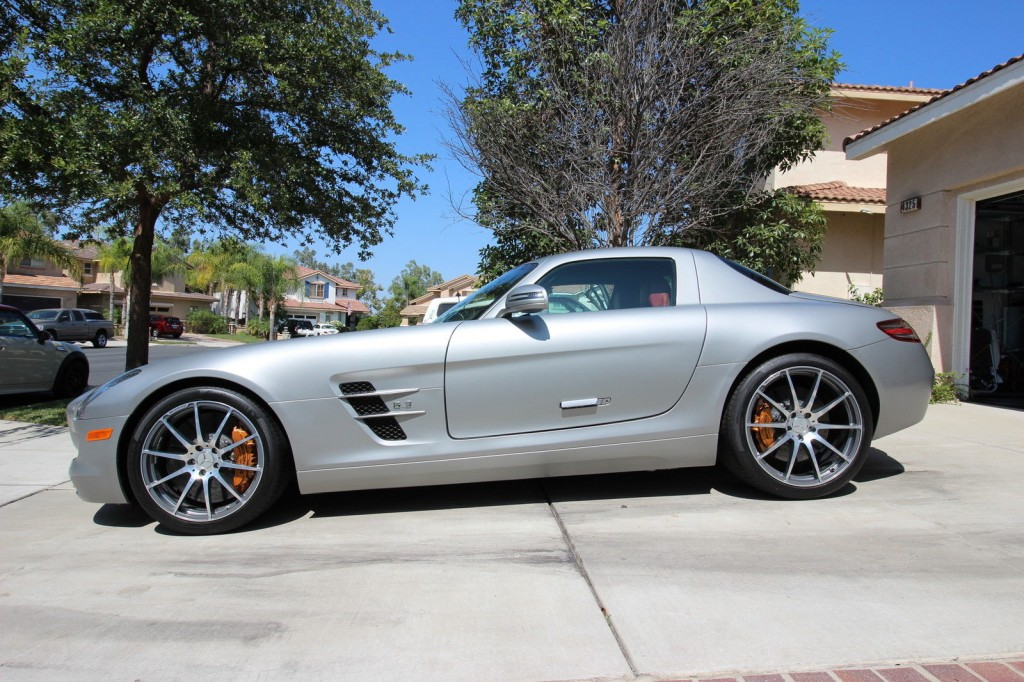 2011 mercedes benz sls amg coupe for sale for Mercedes benz sls amg convertible for sale