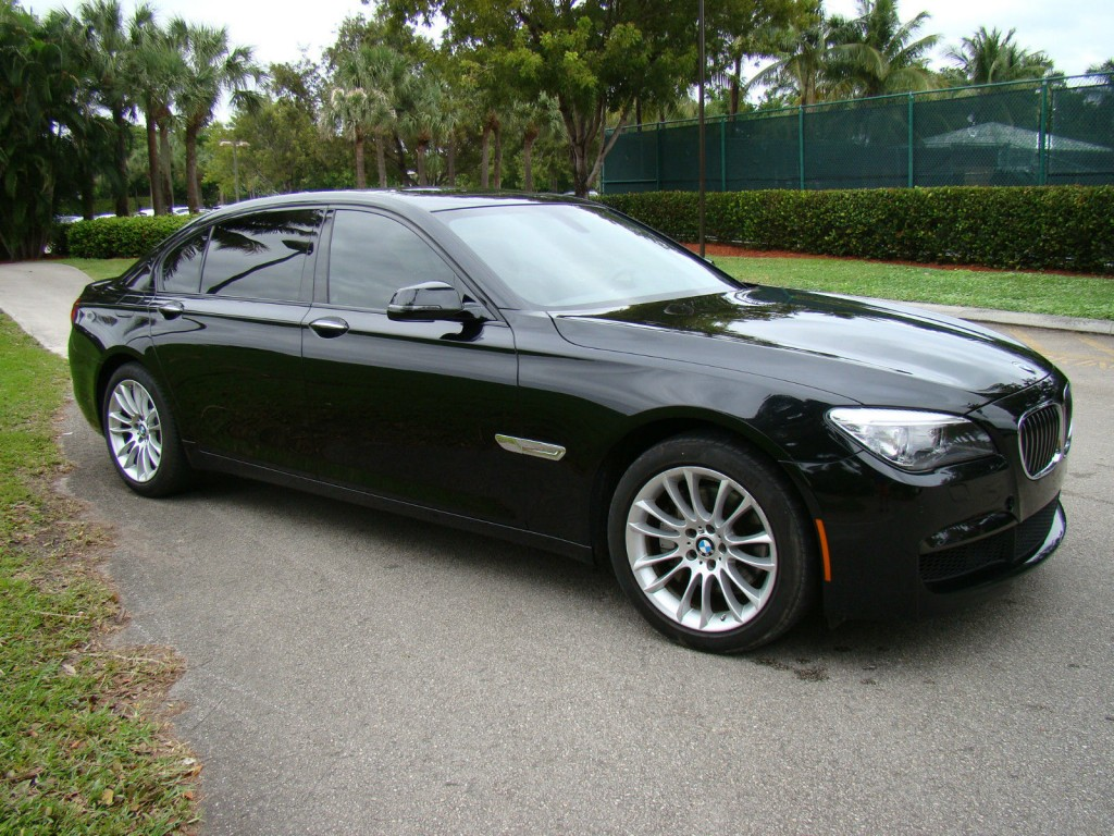 2014 BMW 7 Series 740li TWIN Turbo I6 M Package