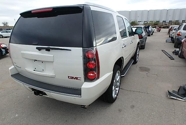 2014 GMC Yukon Yukon Denali Edition Salvage