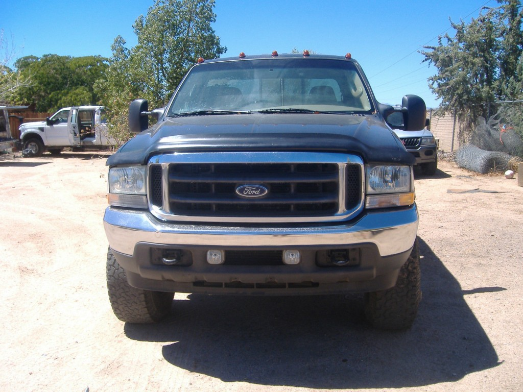 2004 FORD F250 Lariat Turbo Diesel 4X4 Salvage