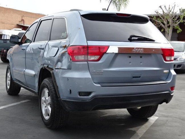 2012 Jeep Grand Cherokee Laredo 4WD Salvage