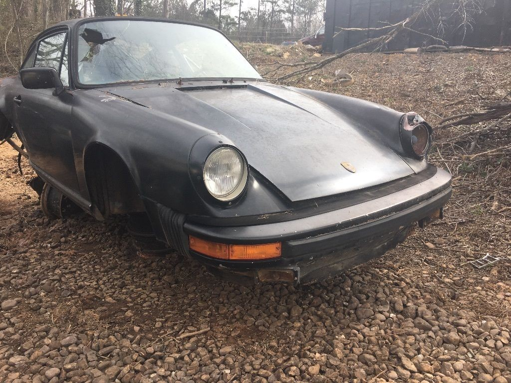 1980 Porsche 911 SC body