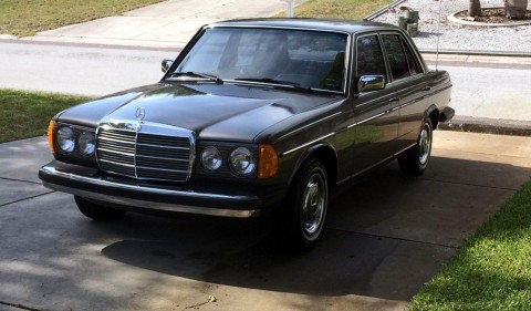 1983 Mercedes Benz 240D for sale