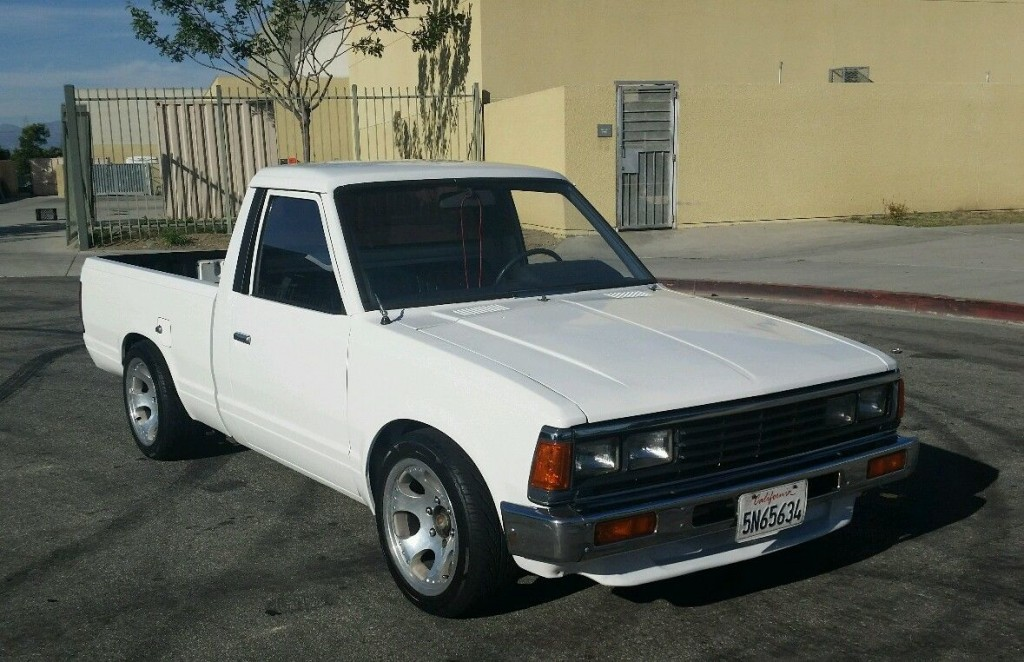 1986 Nissan Datsun 720 Pick up truck for sale