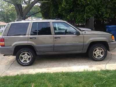 1996 Jeep Grand Cherokee Laredo Sport Utility 4 Door 4.0L for sale
