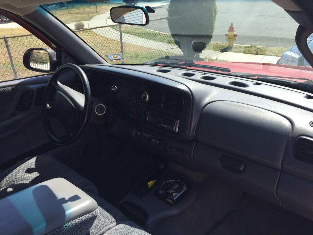 1999 Dodge Dakota Sport Extended Cab Pickup 3.9L