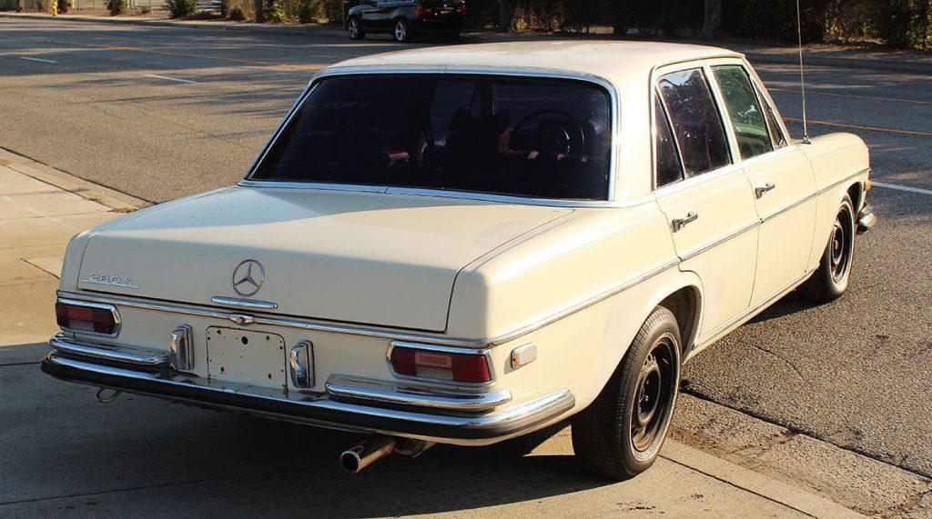 Salvage 1970 Mercedes-Benz 280S