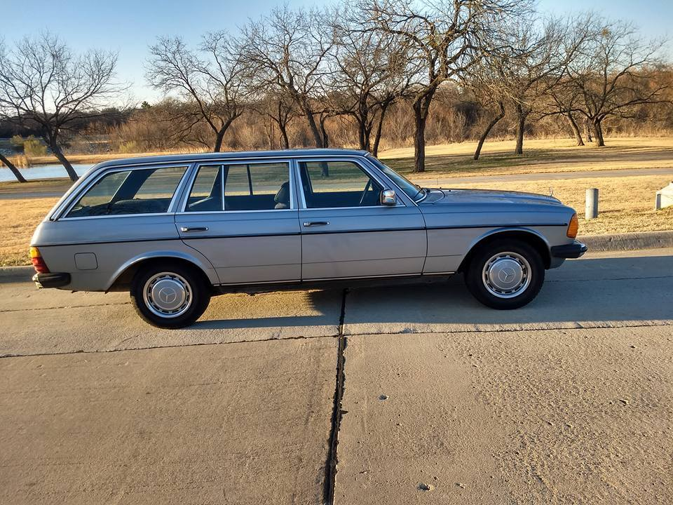 RARE 1980 Mercedes Benz 200 Series Wagon