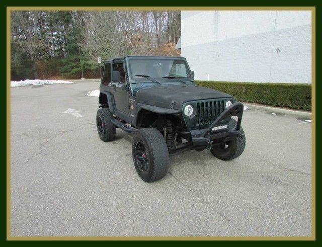 GREAT 2000 Jeep Wrangler Sahara