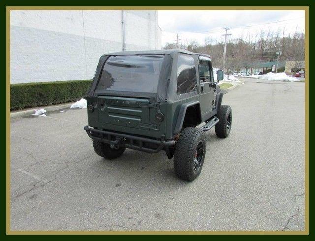 NICE SOLID 2000 Jeep Wrangler Sahara